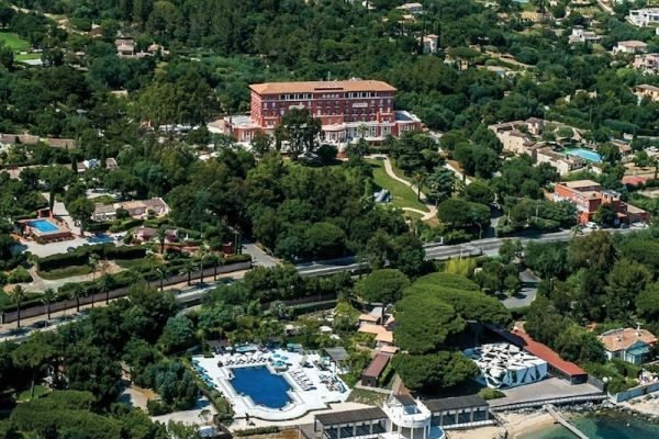 Belle Époque palace for your wedding near St Tropez