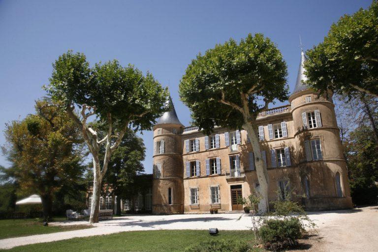 Castle de l'Oliveraie : wedding venue in Provence